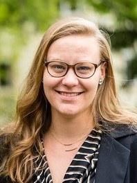Dr Franziska  Sielker